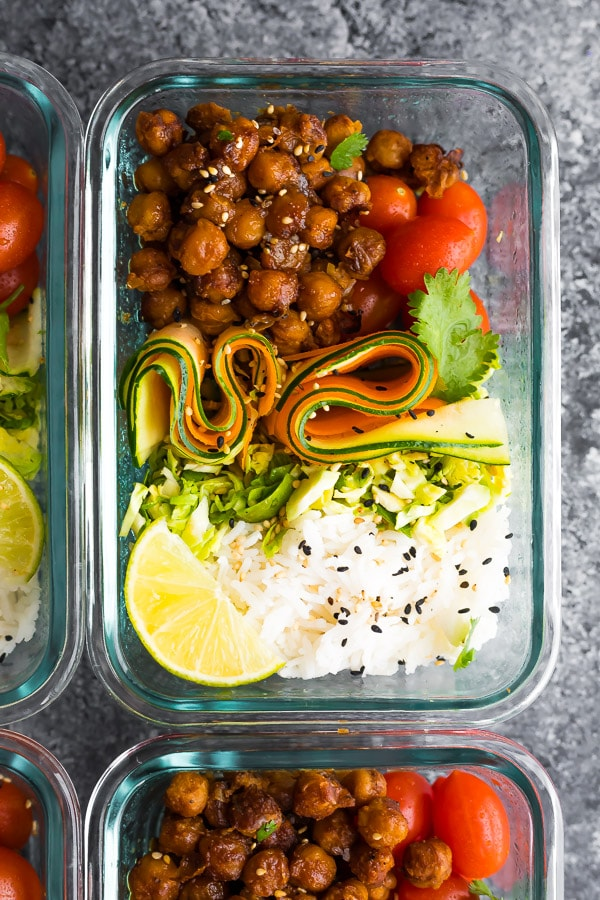 Korean Chickpea Bento Bowls are a great meal prep lunch option. Chickpeas, veggies and rice.